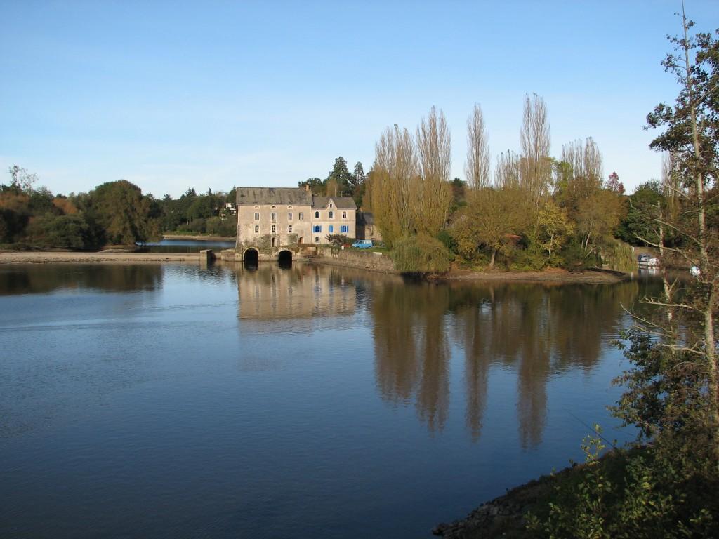 Activités nautiques et tourisme sur la Mayenne